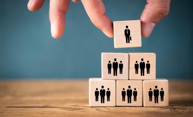 Cover zu Provisionen im Vertrieb wandeln sich zum Führungs- und Steuerungsinstrument